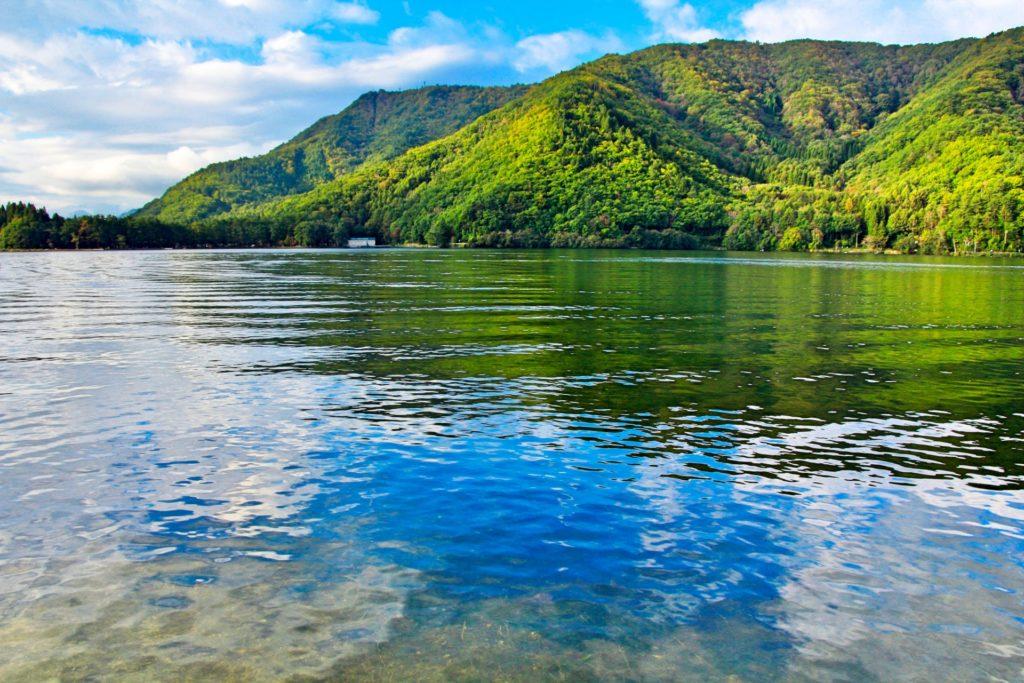 木崎湖とは