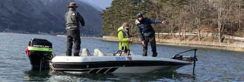 木崎湖モダンボートバス釣り