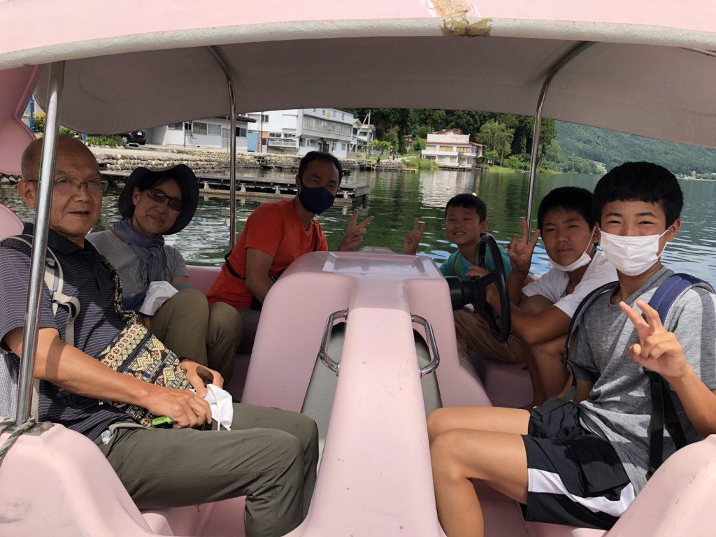 木崎湖モダンボートのペダルボートをご利用いただきました!