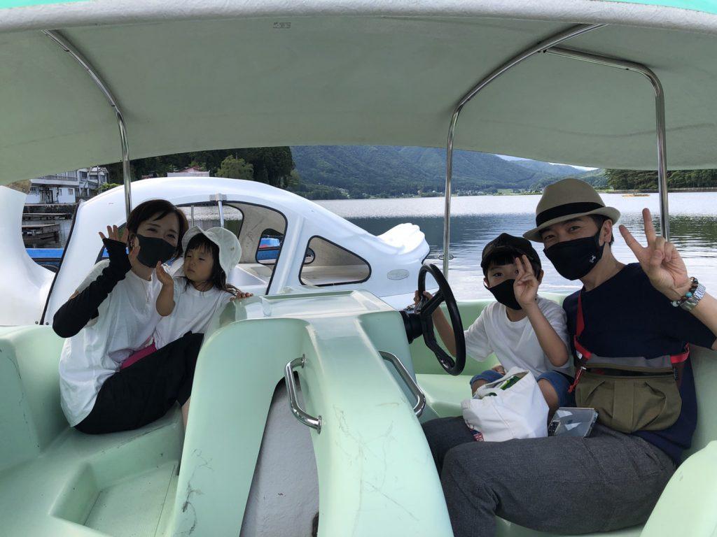 木崎湖モダンボートのペダルボート「恐竜」お楽しみいただきました!